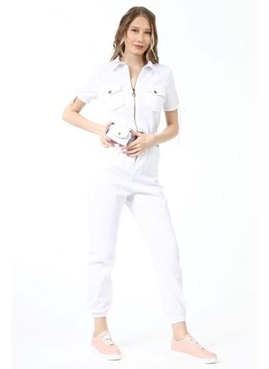 Gaydalı Giyim   Kadın Taba Renk  Fermuarlı Kısa Kollu Cepli Bel Lastikli Kemerli Gabardin Yazlık Tulum Beyaz